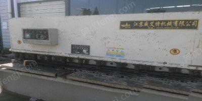 出售2台液压摆式剪板机QC12Y―12*2500