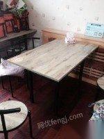 饭店出兑,出售二手桌椅、冰柜、筷子机、柜等