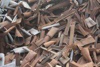 锡兴特钢本公司常年回收各种加工废钢,重,中型,铁皮、自行车剪切料等,量大加价