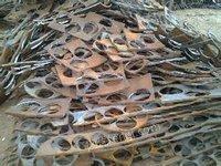 银丰铸造常年采购冲压废钢、炉料、q235精品铸造废钢规格:30公分以内 | 厚度:大于10mm | 低锰:0.5