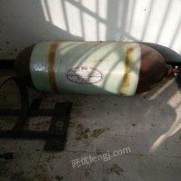 处理库存二手汽车液体气罐带证用了一个月