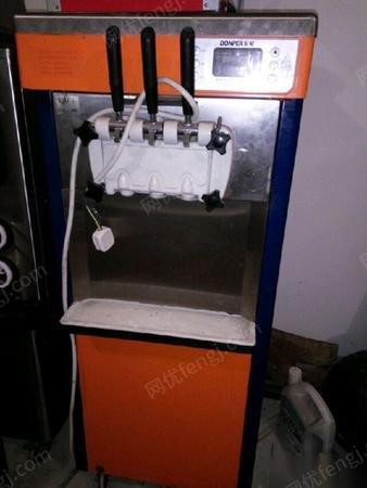 出售星班客冰淇淋机器设备一套