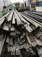 出售旧电梯导轨20多吨旧铜线10多吨