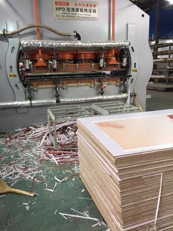 板材厂转让科诺2400吨热压机(钢板厚11公分)、杭叉3吨叉车各1台