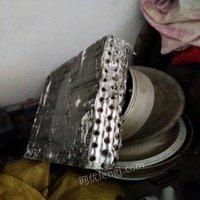 回收大量:废铁 铜铝 不锈钢 废铁暖气片