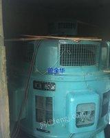 出售二手立式水轮发电机250KW,250转/分钟