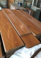 大量收购各种二手地板,地毯,地板砖彩钢板等废旧物资