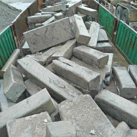 收购重废钢板边角料钢筋头生铁