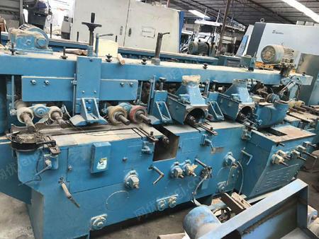 出售一批木工机械,数据机,送料机,电锯,冷热压机,机床,封面机