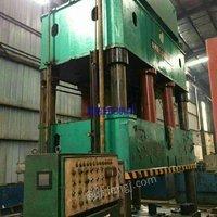 1000吨四柱压力机