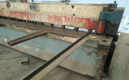 供应二手机械剪板机2米5。折弯机100吨2米5