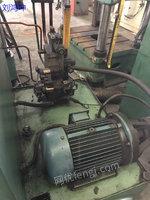 南通锻压YQ32-100吨四柱液压机出售