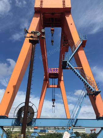出售双梁龙门吊100+50/20t-30m跨1台,起升高度20m
