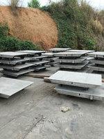 供应砖厂砖车,每台约400斤,尺寸1*1.4米