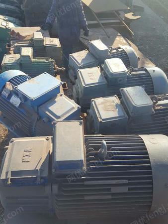 出售一批库存电机YZR