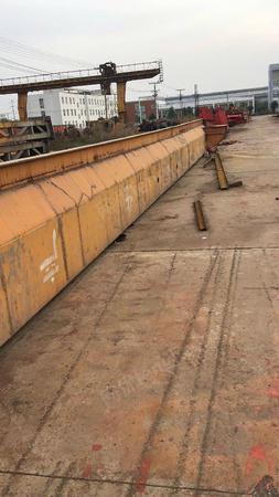 出售二手全包厢龙门吊10吨跨度18米,外悬3米,升高7米