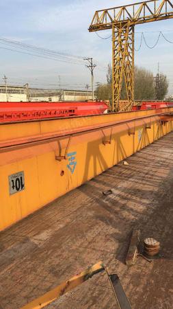 出售二手龙门吊10吨跨度22外悬各7米,升高7米