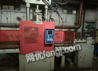 出售浙江大禹TY-1500DS双滑板位立式注塑机