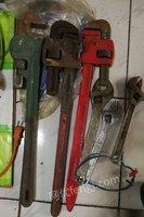 转让台钻、电钻、电锤、抓子、大管钳、活扳手、电动提升机