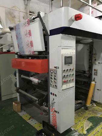 出售瑞恒850宽8色三电机印刷机