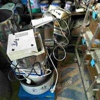 出售二手实验室仪器。