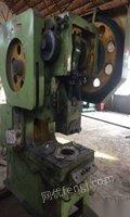 低价处理63吨深喉冲床,100吨折弯机,剪板机
