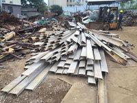 出售18的槽钢,3米4米都有,10吨货
