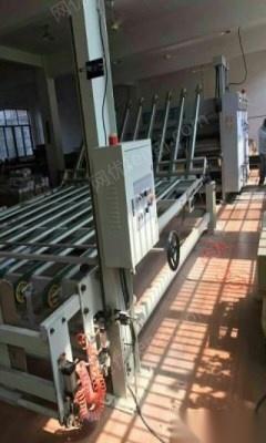 转卖二手纸箱机械设备,纸箱印刷机,粘箱机