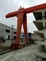 出售跨度22米,各悬6米,总长34米,起重量10T江阴凯澄葫芦