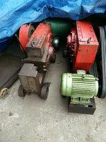 出售矿山机械设备多台
