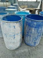 便宜出售大量废旧塑料桶