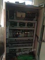 因公司订单缩水,出售冷室压铸机2台。原装力劲160t,13年设备