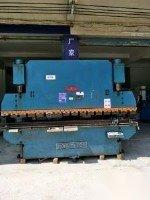 个人低价转让上海新力液压板料折弯机80吨3200.6