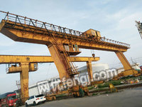 出售L型龙门吊32吨,跨度30米一台,20吨,跨度30米一台,货在上海。