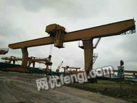便宜出售32/5L型龙门吊,跨度28米,两边外旋各11米,起升高度9米