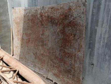 出售二手建筑类钢材(钢板、槽钢、钢管)