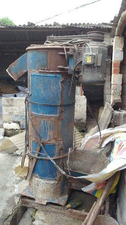 出售二手塑料破碎机生产线