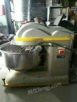 高价回收搅拌机面包店食品厂设备