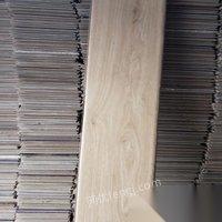 常年出售回收地板,地毯,瓷砖,仓库积压品等