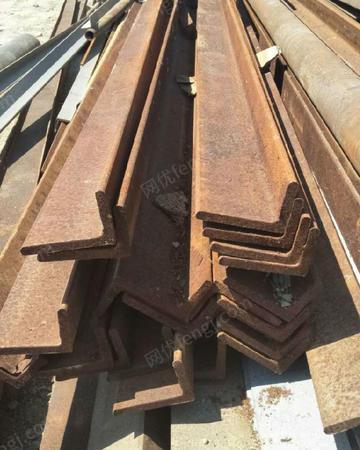 新疆回收钢材角钢槽钢
