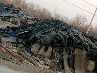 出售输送带扒好的纯胶板70吨三元乙丙胶管头40吨