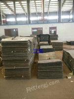 大批量出售铁板规格有很多0.8,1.2,1.0厚是3乘以2米