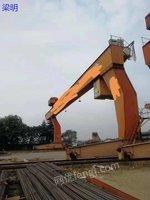 出售10吨L型龙门吊,跨度31米,单悬7米,有效高度9米,货在南京,随时可拆,13561775675