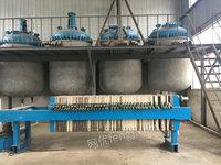 高价回收废弃工厂反应釜、离心机、压滤机、储罐等等连套设备