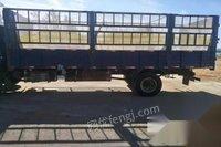 转让库存6.8米货车 2.4万元