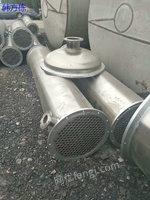 市场现货辽宁盘锦二手200平方二手冷凝器 材质304不锈钢 现场试压