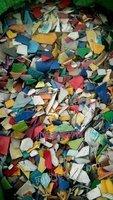 因环保处理机油壶花乙粉碎料,现货60吨。颗粒30吨。