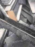 求购各种高底档耐火料,镁砖,钢玉,碳化硅,高铝砖,电熔砖