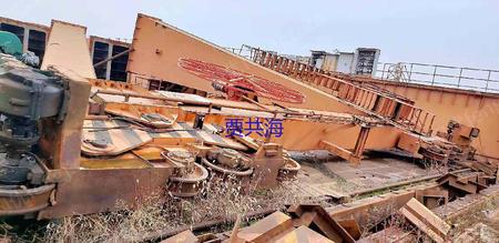 江苏镇江工地出售QD双梁行车32/5T-25.2米3台