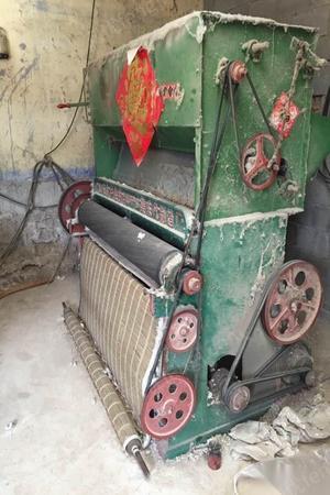因房屋拆迁,大小弹棉机,引被机全套便宜转让